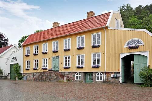 2013 - Strandska huset on Gamla Torget 8 in Kungälv