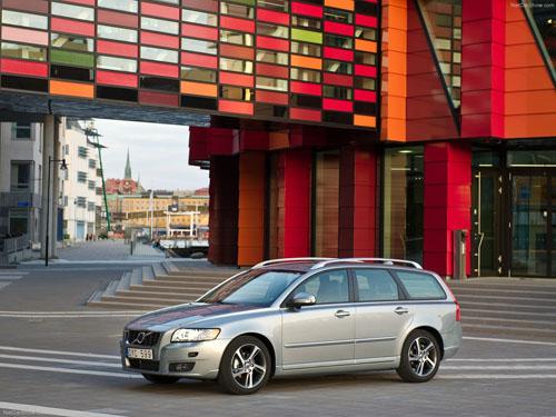 2011 - Volvo V50