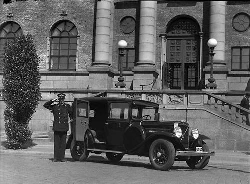 1933 - Volvo PV653