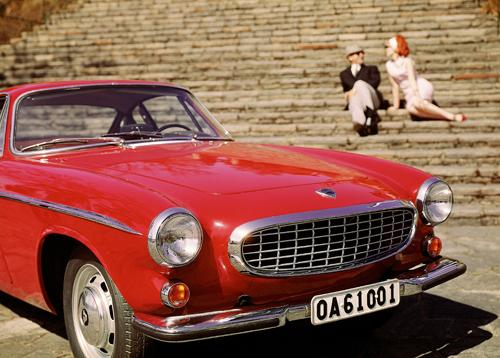 1965 - Volvo 1800 S, maybe in Helsingfors / Helsinki near the famous stairs on Regeringsgatan or is it Italy?