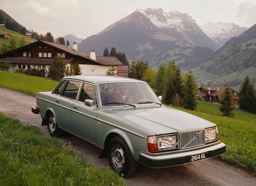 1977 - Volvo 264 GL somewhere in Switzerland or Austria?
