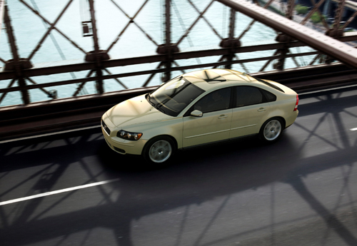 2004 - Volvo S40 on Brooklyn Bridge in New York.