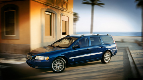 2005 - Volvo V70 Ocean Race, somewhere near Cape Town or Vigo in Spain?
