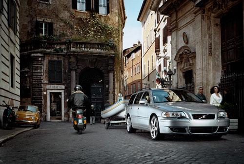 2006 - Volvo V70R, somewhere in Rome...