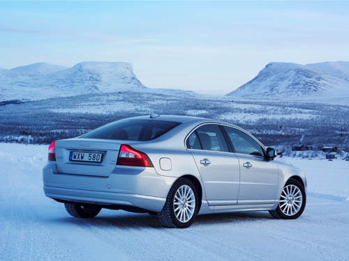 2008 - Volvo S80 on lake Torneträsk near Abisko with great view on Lapporten in Sweden