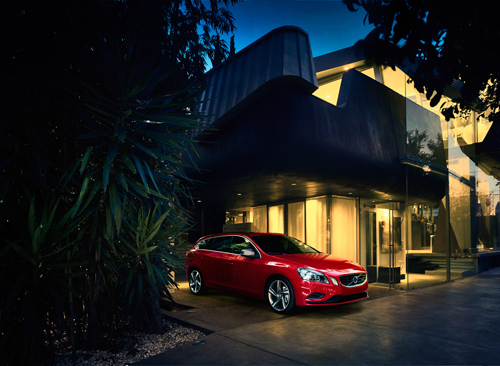 2013 - Volvo V60 R-Design, somehwere in the LA or SF area?