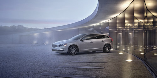 2015 - Volvo V60 (photo by Thomas Motta)