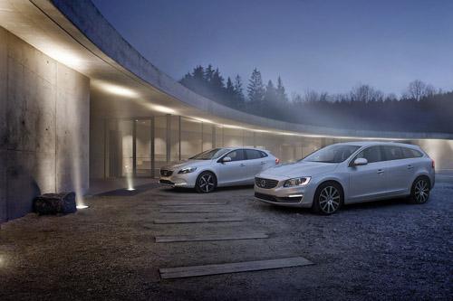 2015 - Volvo V40 and V60
