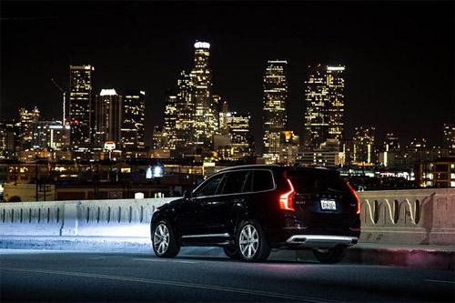 2015 - Volvo XC90 somewhere with the LA skyline