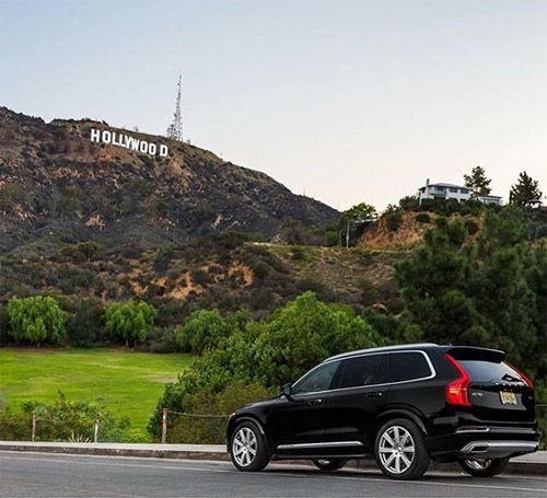 2015 - Volvo XC90 near Hollywood sign, but what street or road?