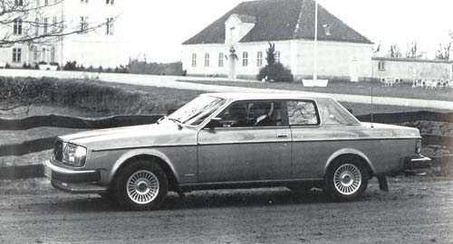 1979 - Volvo 262C at the same location