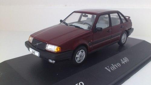 025 - Volvo 440 GLT