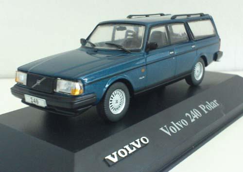 028 - Volvo 240 Polar