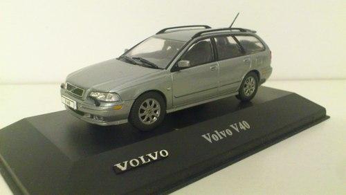 033 - Volvo V40