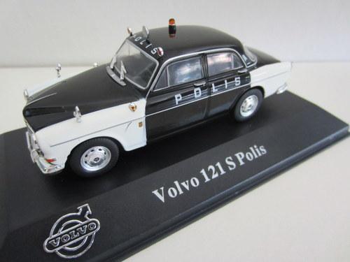 038 - Volvo Amazon 121 S Polis