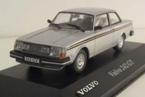 019 - Volvo 242GT
