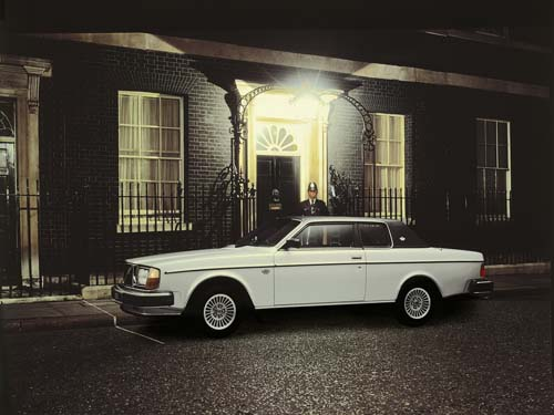 1979 - Volvo 262C - 10 Downing street in London UK