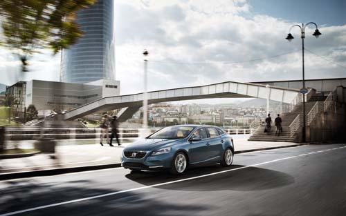 2012 - Volvo V40