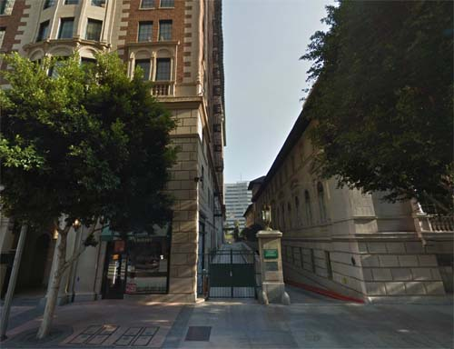 2013 - Biltmore Hotel LA on South Grand Avenue in Los Angeles in USA (Google Streetview)