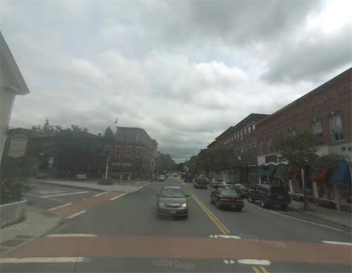 2013 - Central Street and Elm Street in Woodstock, Vermont USA (Google Streetview)