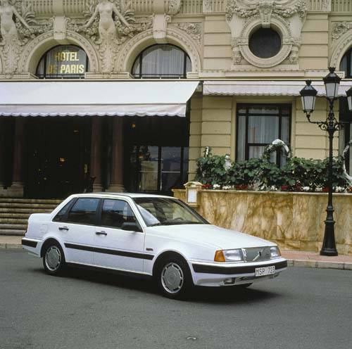 1992 - Volvo 460 GLE