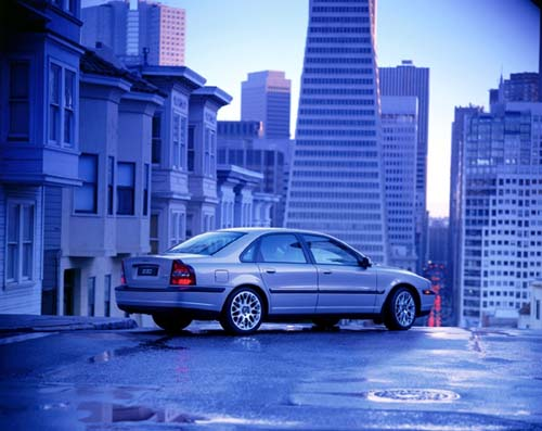 2002 - Volvo S80
