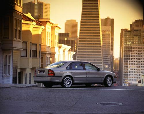 2002 – Volvo S80