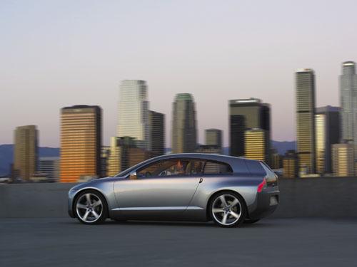 2004 - Volvo 3CC