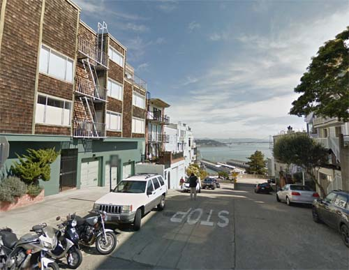 2013 - Union Street (view to the east) in San Francisco, USA (Google Streetview)
