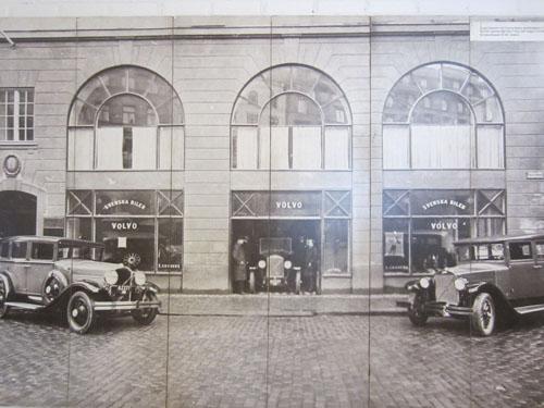 1927 - Volvo PV4