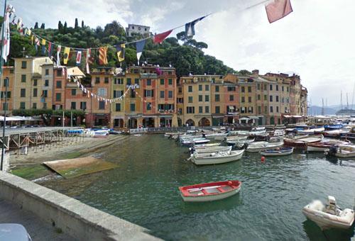 2013 - Piazza Martiri dell'Olivetta and Calata Marconi in Portofino in Italy (Google Streetview)
