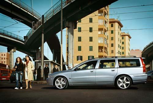 2006 - Volvo V70R
