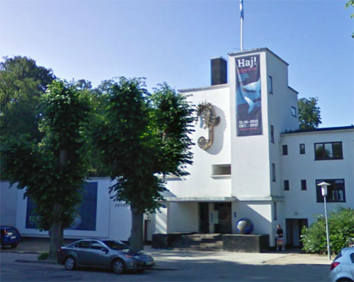 2012 - Danmarks Akvarium  on Kavalergården 1 in Charlottenlund, Danmark (Google Streetview)