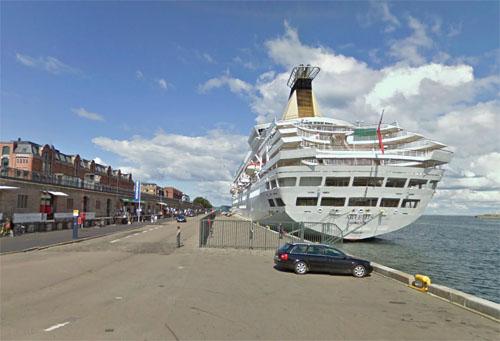 2013 - Langeliniekaj in Copenhagen Denmark (Google Streetview 2010)