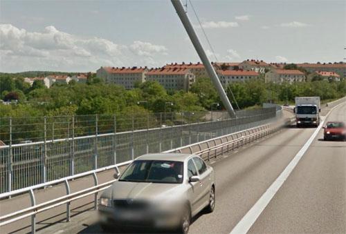 2013 - Lundbyleden on Älvsborgsbron in Göteborg (google Streetview)