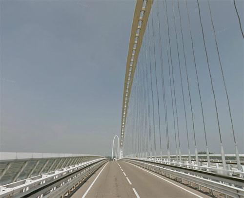 2013 - Calatrava bridge in Reggio Emilia, Italy (Google Streetview)