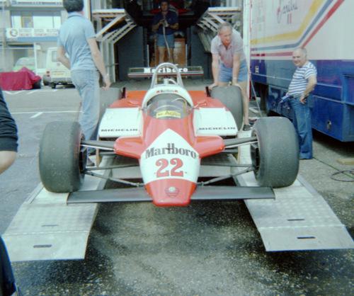 1982 - Alfa-Romeo 182 - 22: Bruno Giacomelli - 23: Andrea de Cesaris