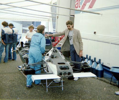 Gordon Murray with Brabham BMW BT50