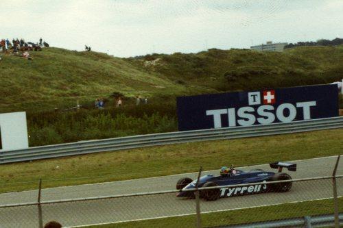1982 - Tyrrell Ford-Cosworth 011 - 3: Michele Alboreto