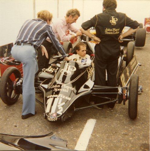 1982 Lotus Ford-Cosworth 91 - 12 Roberto Moreno