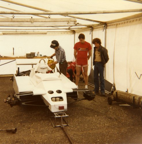 1982 - Theodore TY02 Cosworth - 33 Jan Lammers