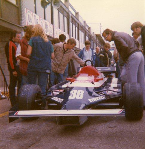 1982 - Toleman TG181B - 35 : Derek Warwick - 36 : Teo Fabi