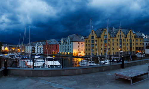 Buildings at Alesund waterfront 02