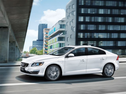 2015 - Volvo S60 L Twin Engine