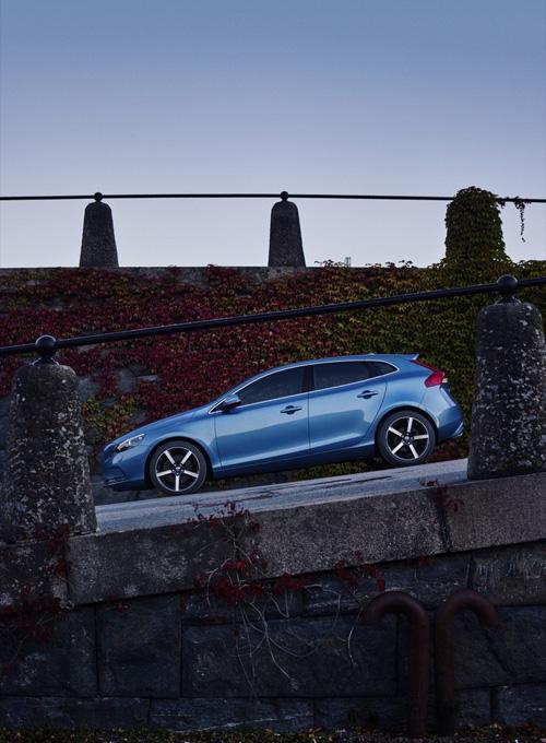 2015 - Volvo V40
