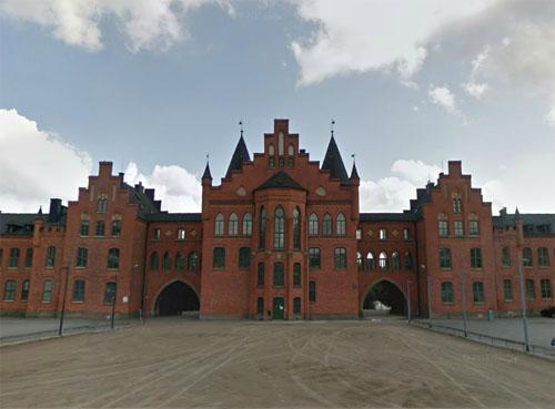 2014 - Kviberg Kasern - Nedre Kaserngården in Göteborg (Google Streetview)