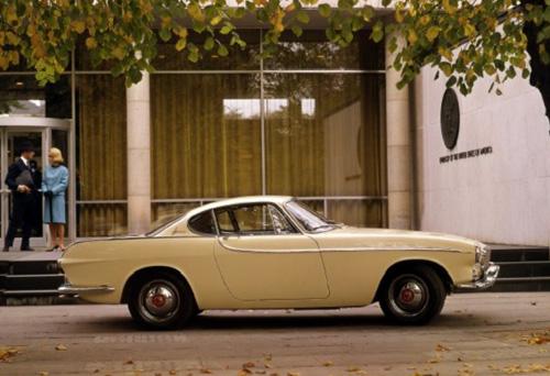 1961 - Volvo P1800S