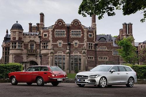 2016 - Volvo 1800ES & Volvo V90