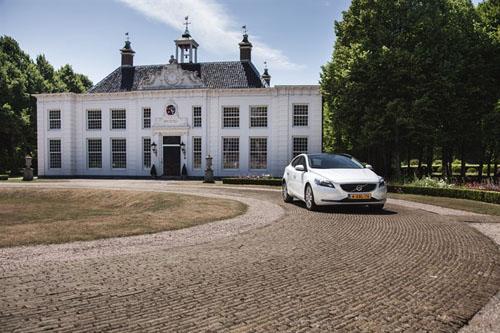 2014 - Volvo V40