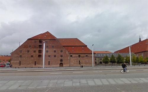 2015 - Søren Kierkegaards Plads in København (Google Streetview)